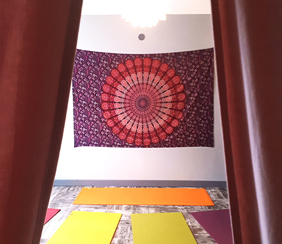 Salle Yogiji - Kundalini Yoga - La Tour-du-Crieu