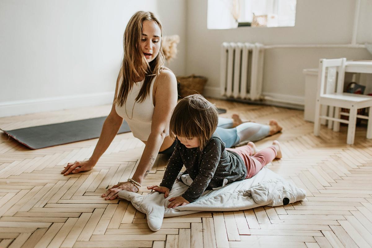 Yoga Duo Parents Enfants - Foix Ariege 09